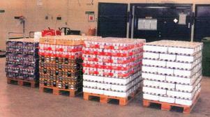 Här är beslaget av ölen som mannen från Hofors försökte smuggla in i Sverige.