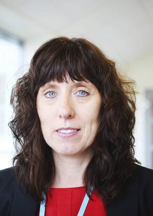 Helena Björkman, divisionschef för Division operation, ska se till att spara 49 miljoner kronor på divisionens verksamheter i år.