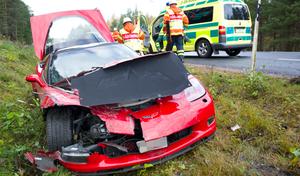 En trafikolycka inträffade på riksväg 50 strax före Sävstaås på tisdagsförmiddagen.