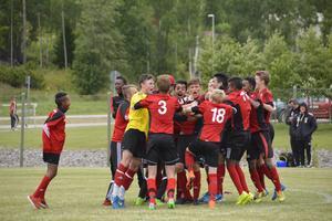 Efter en spännande match mot Alnö IF som slutade med ett gäng straffar vann Hässelby SK till sist.