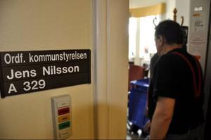 Snart tar kommunalrådet Jens Nilsson (S) klivet ut i den internationella politiken. I höst tar han plats i EU-parlamentet.