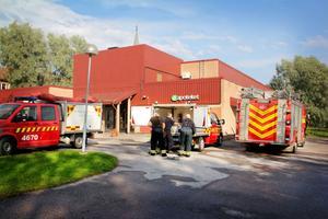 Räddningstjänsten från såväl Jättendal som Hudiksvall var snabbt på plats i Harmånger.