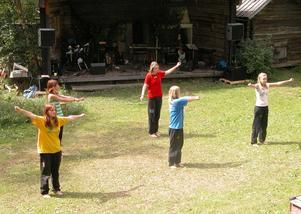 Dansanta. Kajxas danstrupp dansade och uppträdde. Foto:Maja Berg