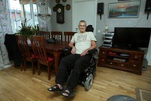 Efter resan till Kina har Leif Mälby kommit i kontakt med andra ALS-patienter som också vill åka dit för att få behandling. Just nu har han kontakt med två svenskar som är där. Man han betonar att man måste ha realistiska förväntningar.