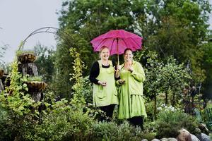 Pernilla Nilsson och Susanne Nilsson driver Tant Grön i Vintrosa.