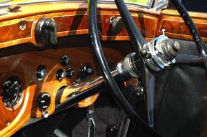 Rolls. Så här ser instrumentbrädan ut på en äkta Rolls Royce årsmodell 1936. Foto:Berndt Norberg