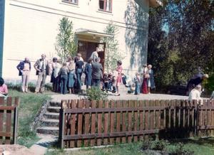 GUDSTJÄNST. Gudstjänst i Älvkerleö missionshus på annandag pingst 1972.