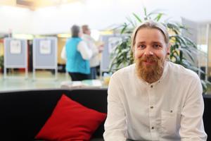 Charlie Fjätström ställer ut i Ljushallen på Medborgarhuset i Sveg i oktober.