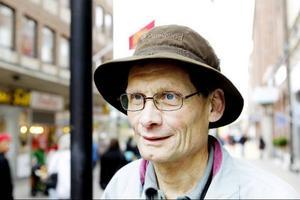 Helge Larsson, Norderön– Jag kan inte komma på någon så här på direkten. Men eftersom jag har arbetat med jordbruk och fortfarande jobbar med skogsbruk så handlar det väl om framtiden där.