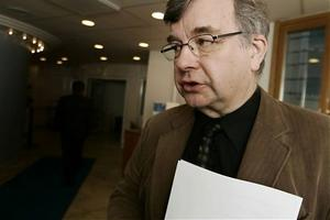 Jörgen Gidlund är vd för kommunens moderbolag Rodret. Dessutom sitter han med i samtliga dotterbolags styrelser.