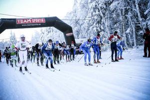 Strax över 100 deltagare genomförde premiären av Jemtland Ski Tour i Tåsjö.Foto: Pernilla Gunnarsdotter
