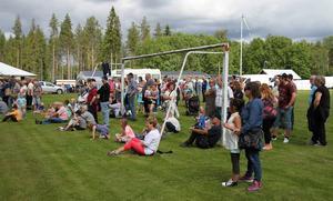 Det var ett stor intresse för det första bymästerskapet i dragkamp på Nickelvallen.