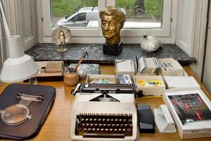 Rätt skrivarstämning i Astrid Lindgrens lägenhet.