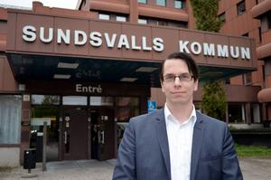 Johnny Skalin representerar Halland i riksdagen – en plats han besökt vid ett tillfälle.