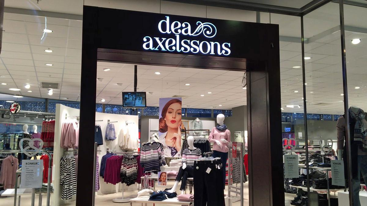 3cf1928800f5 Klädkedjan Dea axelssons i konkurs – butikschefen: