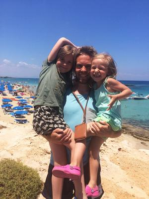 Daniel Andersson, Villa Lidköping, har varit en vecka i Cypern med familjen.