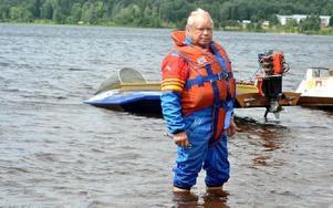 Christer Söderqvist fick äntligen uppleva sin pojkdröm då han började köra Classic Boat Racing vid 64 års ålder. Foto: Hillevi Mårtensson