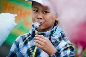 Sockervadd är klassisk tivolisnask som Tongkal Tramthong gillar.