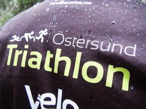 Klubben Östersund triathlon finns för den som känner sig manad att greppa tag i en av de mer extrema sporterna som finns.