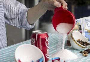 Cola, socker ... och berättelser utan förutbestämt slut.