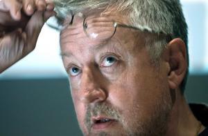 Leif G W Persson är en av dem som ingår i specialgruppen som ska titta närmare på det olösta mordet i Kumla.