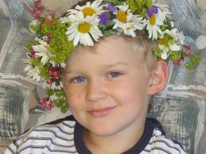 Viktor 5år hade oturen att få vattkoppor till midsommar!Men som vanligt var han glad och snäll ändå!