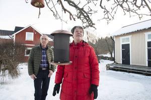 Bernt och Elisabet Carlsson har kunnat njuta av en fågelrik vinter och blickar nu fram mot våren.