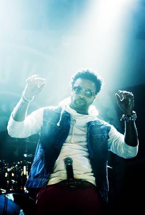 Reggaefestivalen är inte inräknad i Arbetarbladets sammanställning – men var också starkt mansdominerad. Här låtsas Shaggy att hans mikrofon är hans penis i Furuvik 2012.