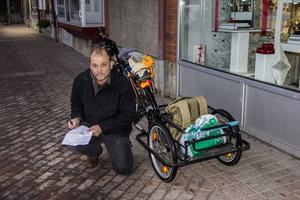 Anders Persson tog cykeln till klimatmanifestationen.