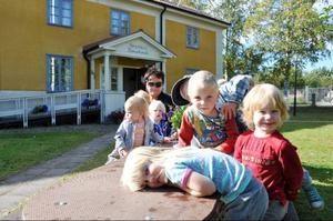 Maud Eriksson, föreståndare på Sörgården tycker att de nya lokalerna är bra, men saknar närheten till naturen.