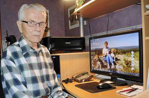 93-årige Roland Johansson berättar om sorgen efter bortgångna hustrun Elsa, med vilken han var ett par i hela 67 år, och den ensamheten hennes frånfälle inneburit för honom.