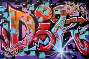Graffiti med traditionella bokstavskombinationer.