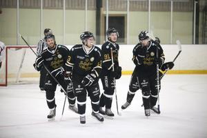 Sollefteå Hockey rustar inför nästa säsong i division. Tre nya spelare har kontrakterats.