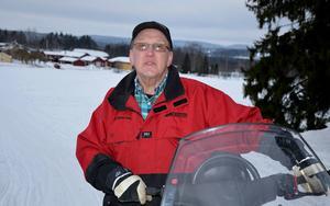 Bengt Wikström, utbildningsansvarig för Matfors skoterklubb, är orolig över det tummas på säkerheten när det gäller skoteråkning.