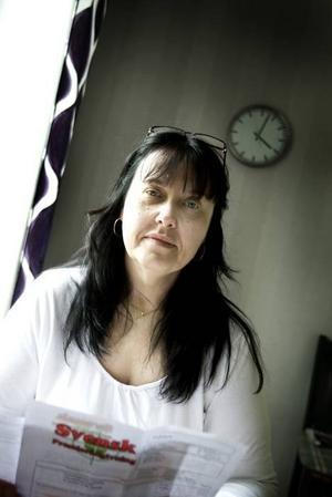 LURAD? Lotta Nilsson var stressad och skulle med bussen när ett bolag som säger sig syssla med pensionssparande ringde. Hon begärde att få informationsmaterial hemskickat. I stället fick hon en räkning. Enligt konsumentvägledare så är det försök till bedrägeri.