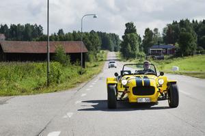 Henrik Berglund beskriver sig som en bilnörd, men kör heller landsväg än att bränna gummi på cruising.