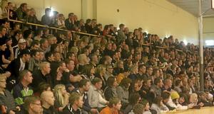 655 personer såg matchen Sala Silverstaden-Västerås i december 2009. Slås det rekordet på söndag? Foto: Mikael Stenkvist