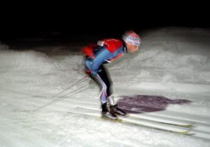 Fredrik Persson, född 1979 i Örebro men numera boendes i Norberg, inledde och avslutade karriären i Kilsmo IK, men representerade Åsarna under sina 21 världscuptävlingar mellan 2001 och 2007. I stafett tog han tre topp tio-placeringar, individuellt som bäst en 30:e-plats i Slottsprinten.