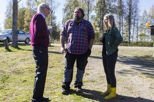 Geologkollegorna Thomas Lundqvist, Hannes Mattsson och Åsa Frisk deltog i firandet.