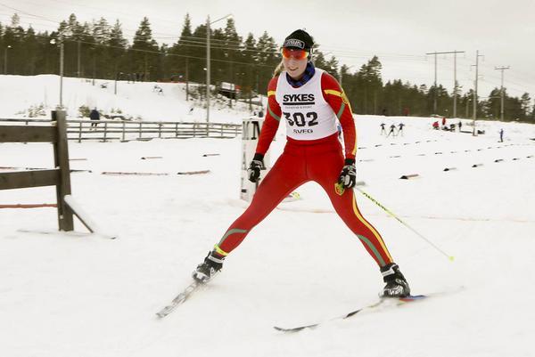 Glad segrare i D19-20 klassen, Emma Backén.