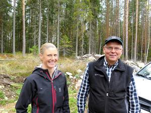 Isabelle Bergkvist, Skogforsk, och Per-Olov Jemth, Mellanskog, höll i utbildningen.