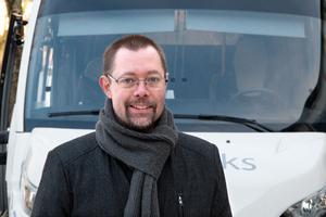 Tobias Nordlander är glad att Suraborna engagerar sig i vad det ska stå på den välkomstskylt som kommunen ska ta fram i år.