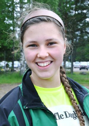 Samira Jaiem, 12 år, Ludvigsbergsskolan, klass 6C– Få vara med klasskompisarna hela helgen.
