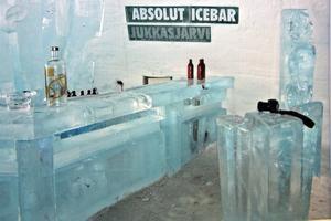 För 1,5 år sedan, när Börje fyllde 60 år, besökte han ishotellet i Jukkasjärvi, Lappland som har denna bar.