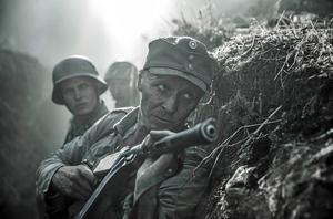 En scen ur den nya filmatiseringen av Väinö Linnas roman Okänd soldat.