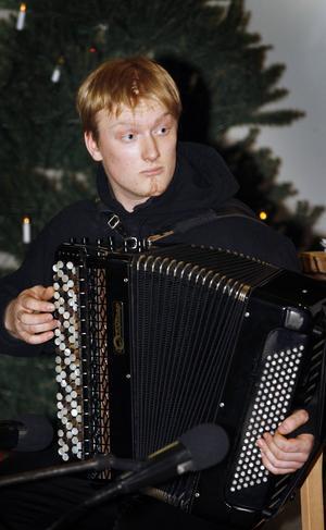 Duktige dragspelaren Daniel Eliasson, 20, Brånan, är årets kulturstipendiat i Berg.