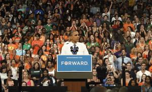Emil Claesson hamnade längst fram vid podiet när Barack Obama talade i Miami.