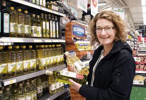Britt-Marie Berglund har koll på förpackningarnas miljöpåverkan.