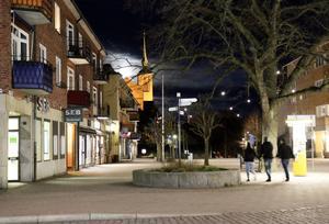 Under 2019 anmäldes 27 fall av misshandel i Nynäshamns kommun där offret och gärningsmannen var obekanta, och där misshandeln skedde utomhus. Totalt 17 rån anmäldes också under 2019.