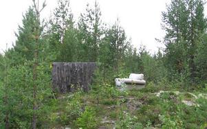 Den här bilden tog jag i Glöte, Härjedalen, där förberedelserna av bekvämligheterna? inför jakten var i full gång, skriver Roland Nordberg.
